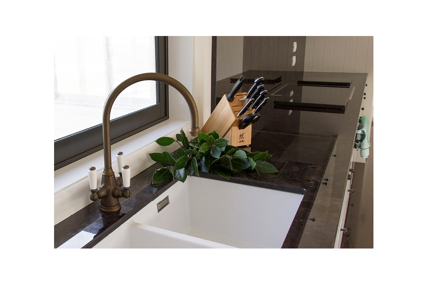 Perrin & Rowe Phoenician Triflow kitchen tap with hot, cold and filtered water, in English bronze