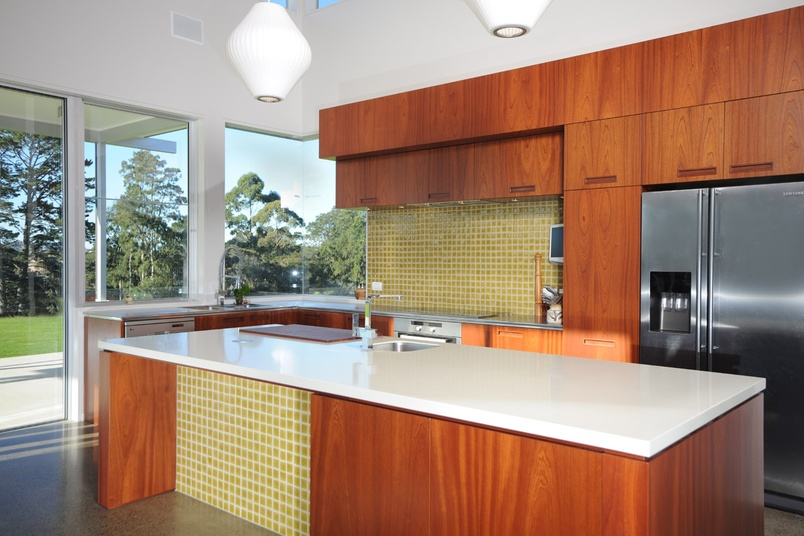 Hobsonville kitchen with African Sapele Mahogany timber veneer