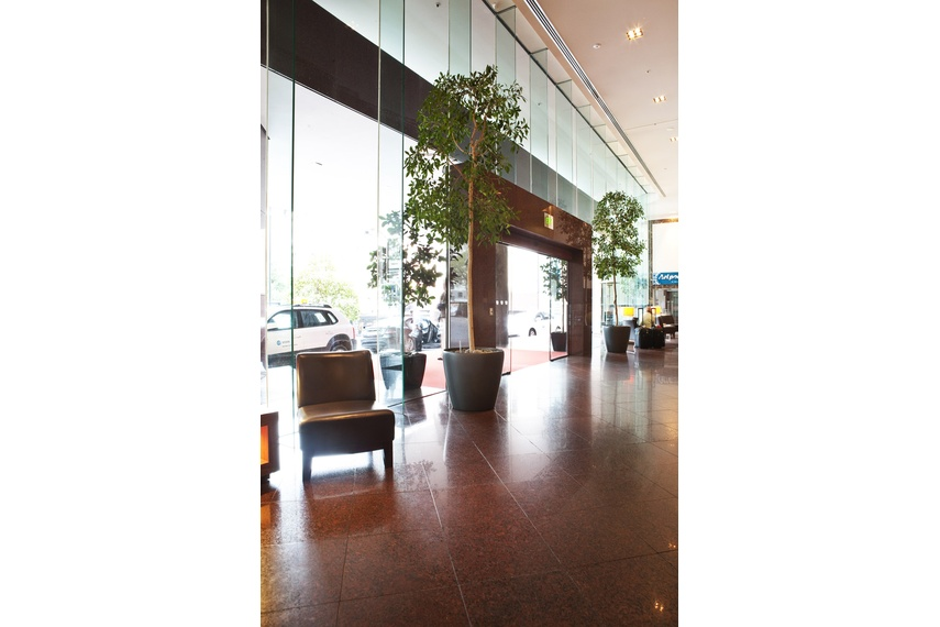 Shop front vision systems - Stamford Hotel entry, Auckland