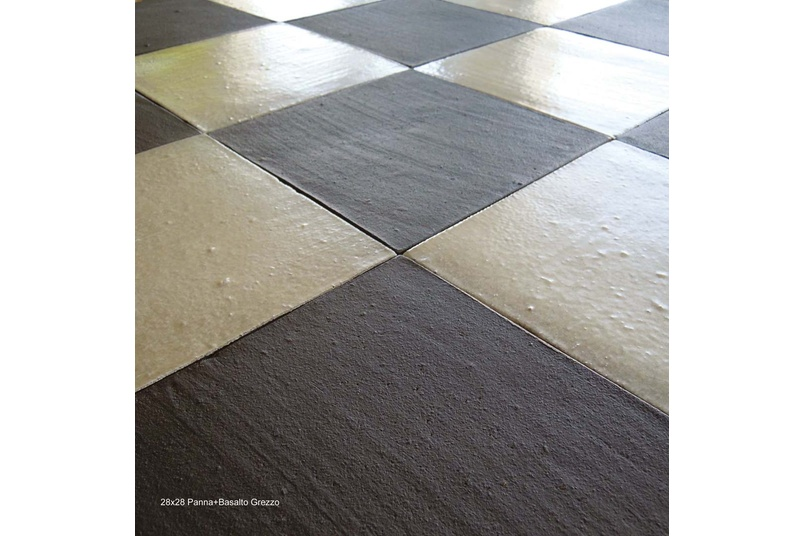 Climatica Ceramiche Tre piu' uno terracotta tiles are available in two colours.