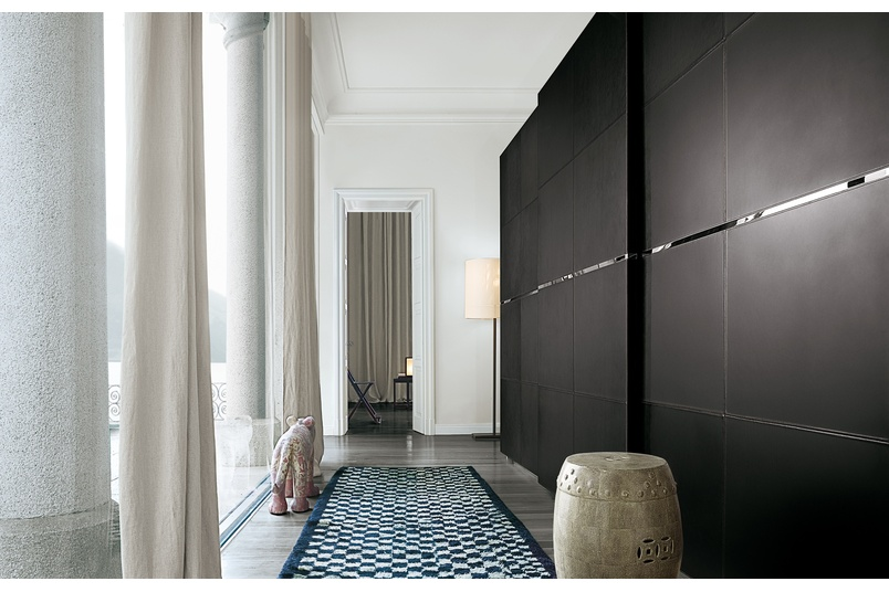 Poliform Bangkok wardrobe with paneled sliding leather doors & Poliform wardrobe with doors by Studio Italia u2013 Selector