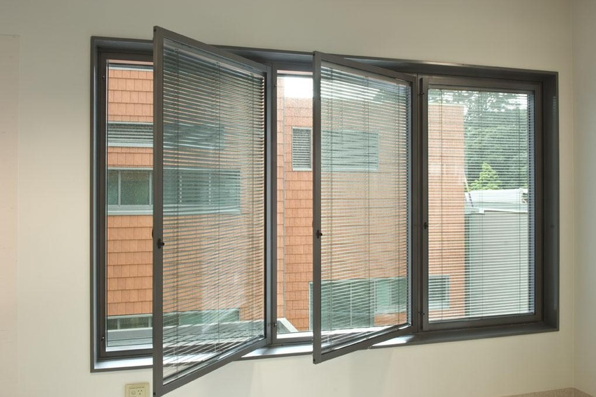 Secondary double glazing, Wellington hospital - integral jockey sashes/ventian blinds