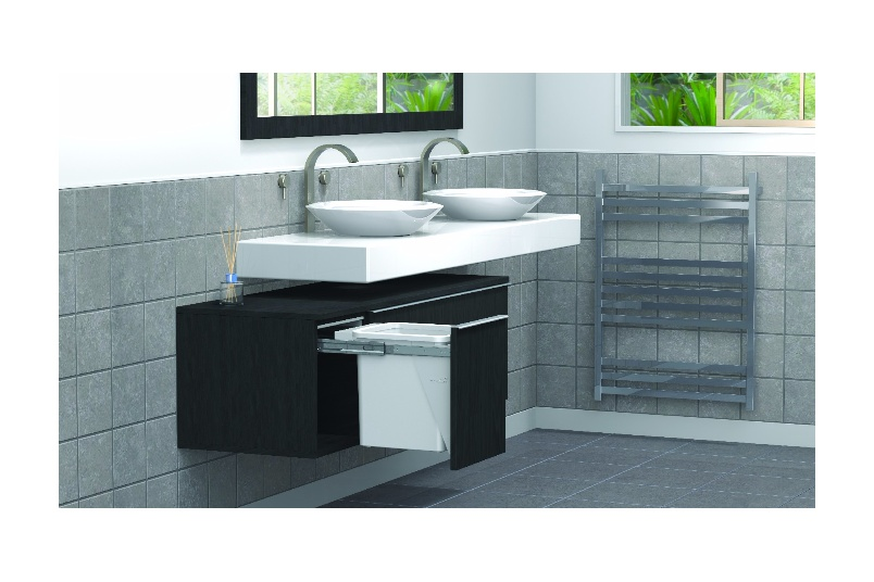 The Compact 15lt bin (KC15D shown above) allows for sink plumbing to be directed behind the bin, allowing more room in other drawers for personals.
