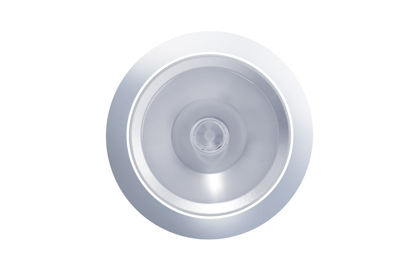The dimmable D900 Curve is the only LED that matches a 50W halogen on light output and brightness.