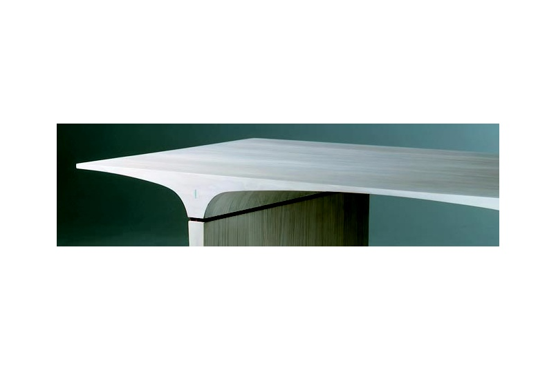 Planar table detail