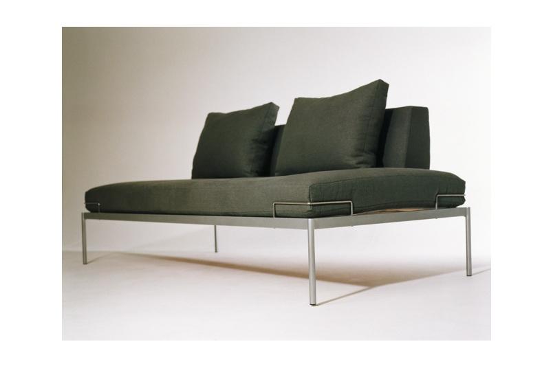 Line One sofa – silver grey hemp fabric