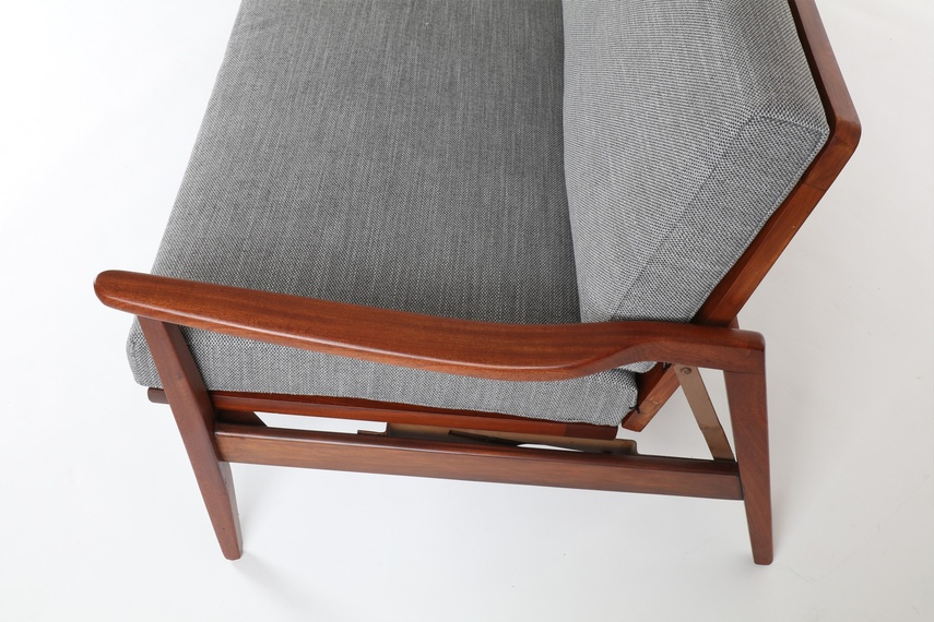 Sofa daybed by DON.