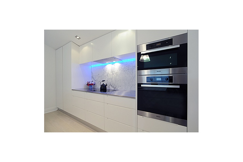 Herne Bay Kitchen – cabinetry in polyurethane lacquer, white marble and stainless steel bench tops