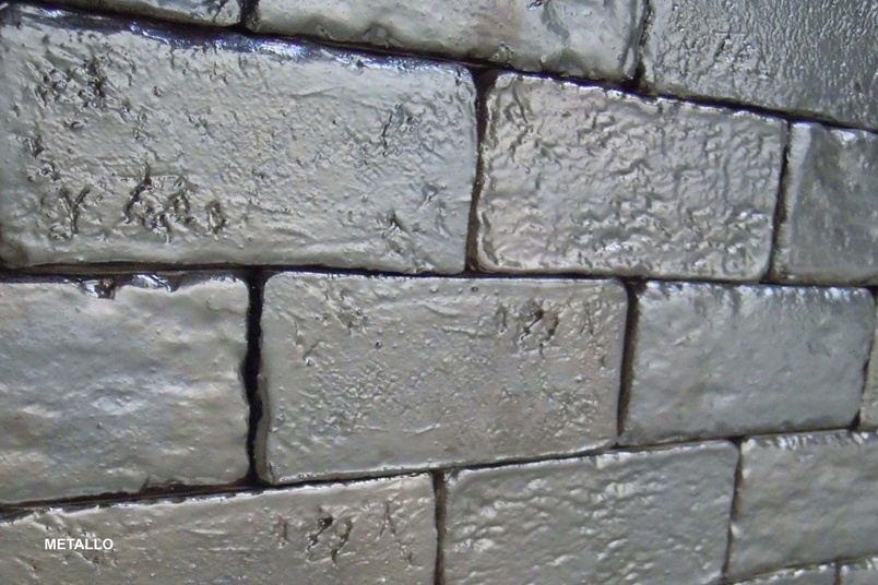 Muro Vecchio in metallic.