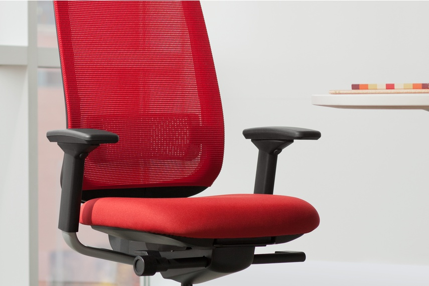 reply chair and multi use guest chairs by workscape selector