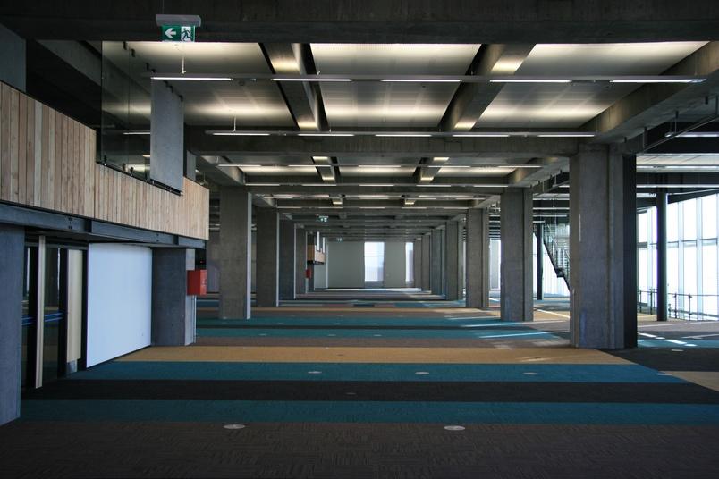 Equilibrium II carpet tile –before desking