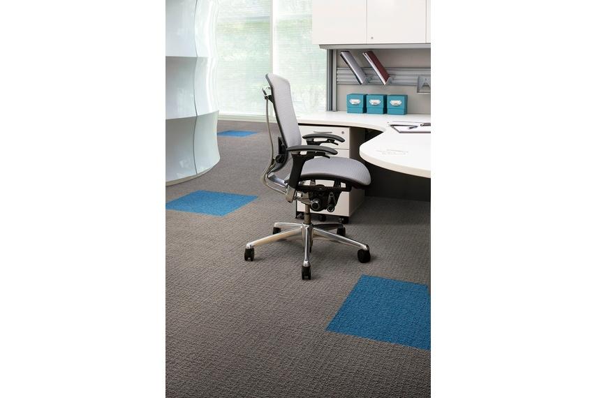 Monochrome carpet tile –Felt