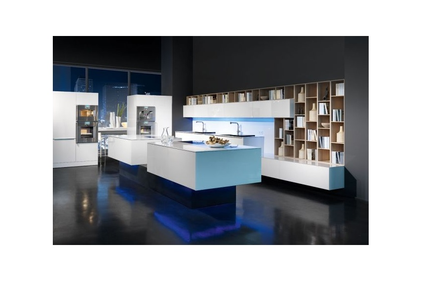 Logic glass kitchen for modern living with