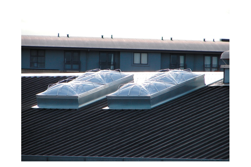APC Dayliter® is a Factory Mutual Approved smoke and fire venting natural roof lighting product