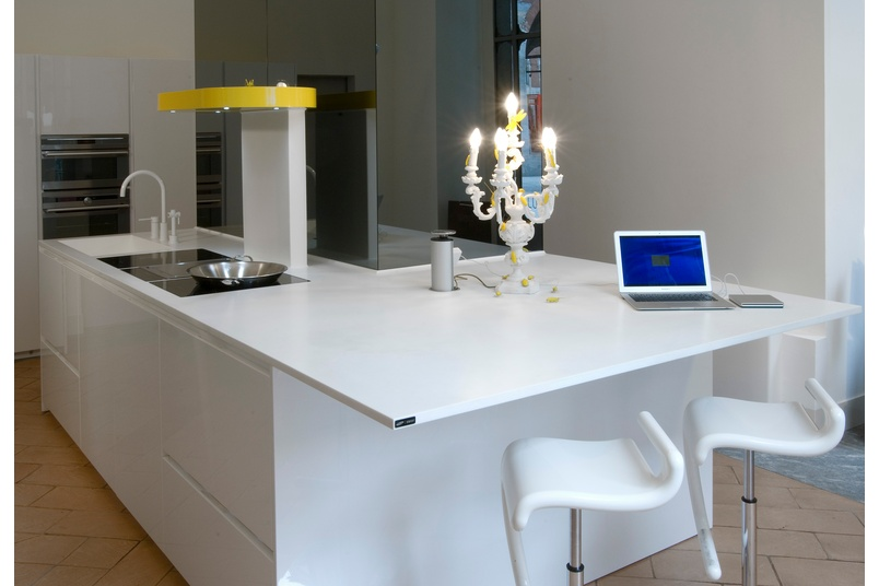 Staron Solid Surface Benchtops By Kurve