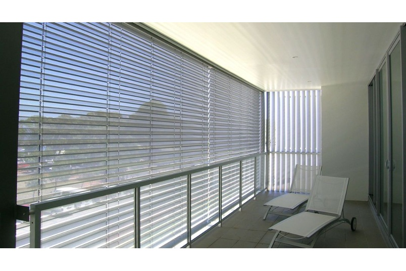 Horiso designs, engineers and manufactures a large range of high quality standard and design specific solar shading systems for internal and external building applications.